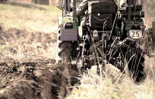 Piemērotāko  augsnes apstrādes  tehnoloģiju izvēle