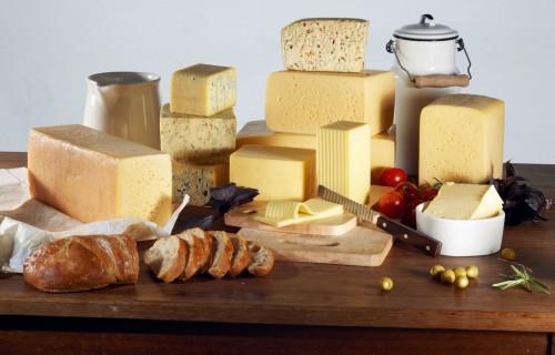 Ražojam un ēdam vairāk siera un biezpiena